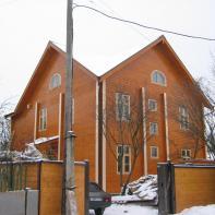 Дом из клееного бруса трехэтажный