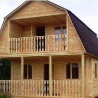 Дом из профилированного бруса с балконом и террасой